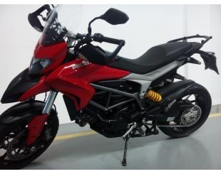 Motocicleta Ducati Hyperstrada 821 2014