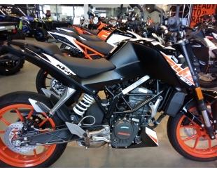 Motocicleta Ktm Duke 200 2019